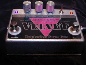 VELVET -Bass Fuzz Box