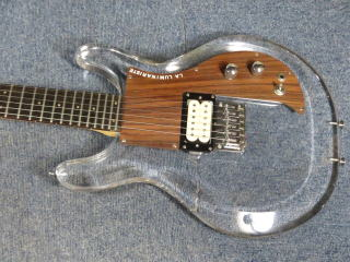 アクリルギター