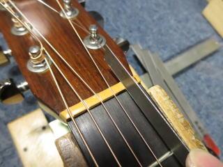 ナット調整 ギターリペア