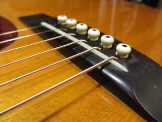サドル交換 ギターリペア