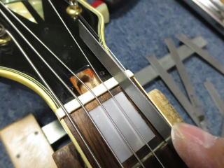 ナット調整、ギターリペア