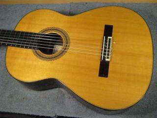 田村 満ギター No.2000