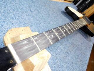 Gibson Thunderbird、メンテナンス