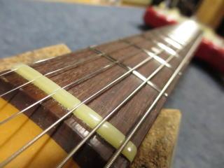 ギターリペア、ナット交換