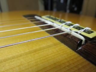 サドル調整、ギターリペア