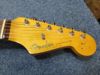 Fender Stratocaster,,修理
