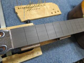 クラシックギター、フレット交換