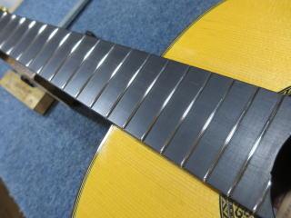 クラシックギター、フレット摺合せ
