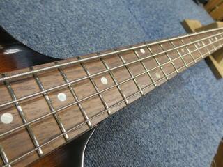 Gibson Thunderbird,メンテナンス