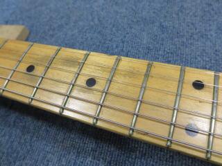 Fender Stratocaster、フレットすり合わせ