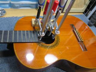 クラシックギター、板割れ