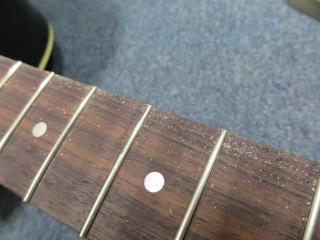 Gibson J-45、フレットサイド処理