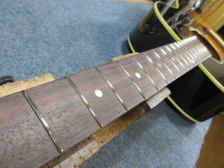 Gibson J-45、フレット交換、リペア、修理