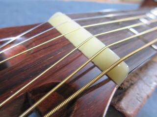 アコーステックギター、ナット交換