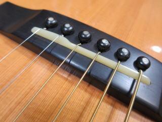 アコーステックギター、サドル交換