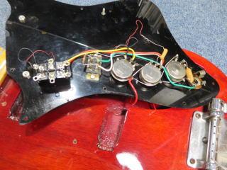 ビザールギター、修理、リペア