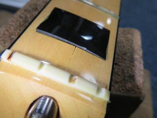 ジャズベース、ネッククラック、リペア、修理