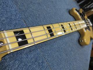Fender Jazzbass、ネック反り、リペア、修理