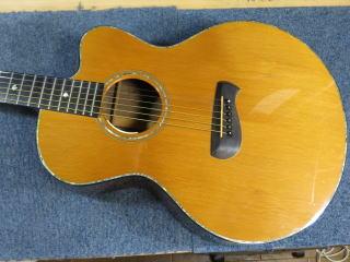 Tacomaギター、修理、リペア