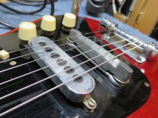 バーンズ・ソニック・ギター、リペア