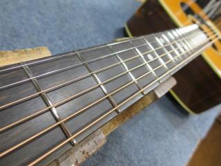 Martin D-28、弦高調整、修理