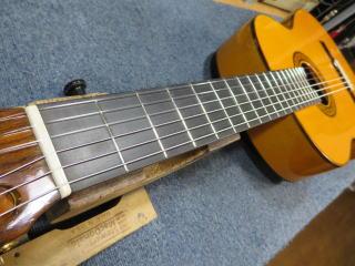 フラメンコギター、ブリッジ剥がれ、修理