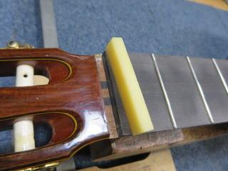 クラシックギター、リペア、修理、ナット