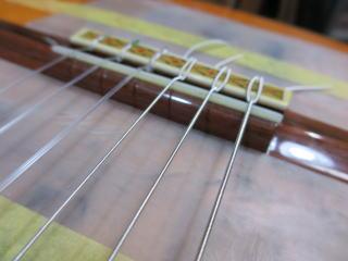 クラシックギター、リペア、修理、サドル