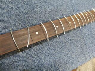 Fender Precision Bass、リペア、修理、指板修正
