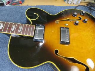アーチトップギター、ピックアップ、ポット交換