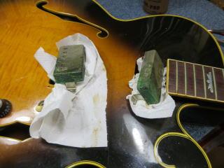 Gibson Tal Farlow、リペア、修理、ピックアップカバー交換