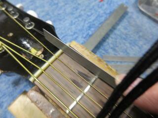 Gibson LG-2、修理、ナインス、50年代、ヴィンテージ、リペア、ギブソン、ナット溝