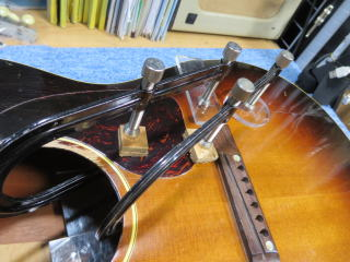 Gibson LG-2、修理、ナインス、50年代、ヴィンテージ、リペア、ギブソン、クラック