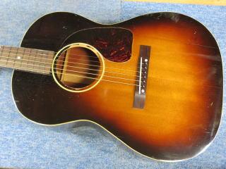 Gibson LG-2、修理、ナインス、50年代、ヴィンテージ、リペア、ギブソン、メンテナンス