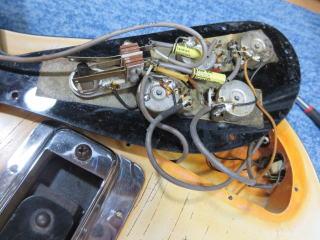 Rickenbacker 4001、リペア、修理、ナインス、NINTH、ポット
