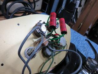 Rickenbacker 325 John Lennon、リッケンバッカー、修理、リペア、NINTH、ナインス、メンテナンス、配線