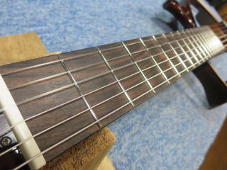 ヤマハ・サイレントギター、メンテナンス、NINTH、ナインス、高円寺、杉並、サドル