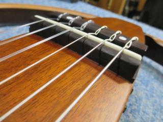 サイレントギター、修理、リペア、ナインス、NINTH、杉並、サドル