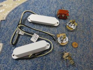 Fender Duo Sonic、ナインス、修理、リペア、杉並、配線