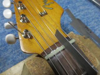 Fender Duo Sonic、ナインス、修理、リペア、杉並、ナット