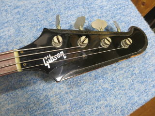 Gibson Thunderbird、修理、ナインス、杉並、東京、リペア、サンダーバードベース