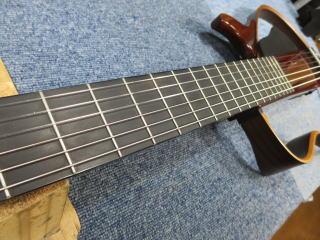 サイレントギター、修理、メンテナンス、弦高、ナインス、トラスロッド