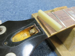 Gibson Les Paul、70年代、修理、ナインス、東京、リペア、レスポール、ナット