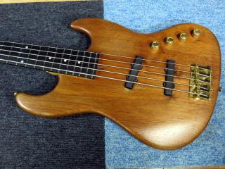 Moon Jazz Bass、プリアンプ、修理、ナインス、杉並、東京、高円寺、リペア、メンテナンス