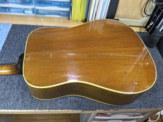 Gibson J-45/50、修理、杉並、東京、ナインス、高円寺、リペア、メンテナンス、クラック