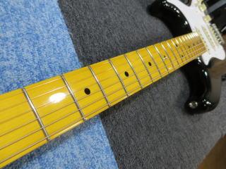 Squier Stratocaster、杉並、東京、ナインス、修理、リペア、スクワイヤー、ネック反り