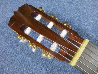 稲葉芳弘 作 クラシックギター、リペア、ナインス、杉並、高円寺、東京、メンテナンス、糸巻き