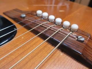 Gibson B-25、リペア、杉並、東京、高円寺、ナインス、修理、メンテナンス、アジャスタブルサドル