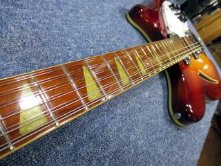 Rickenbacker 360 12弦、杉並、東京、ナインス、リペア、修理、メンテナンス、ネックアイロン