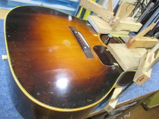 Gibson J-45、ナインス、杉並、東京、高円寺、リペア、修理、力木